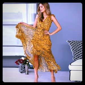 Dresses & Skirts - Yellow, Leopard-Print, V-Neck, Cinch-Waist, Maxi